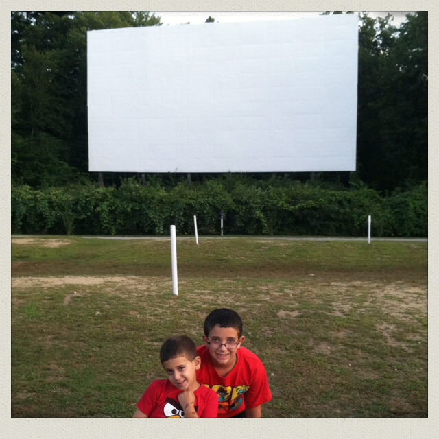 mendon-twin-drive-in-movie-boys