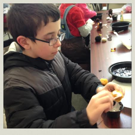 South-Shore-Natural-Science-Center-jd-making-owl-craft
