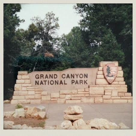 -arizona-grand-canyon-sign