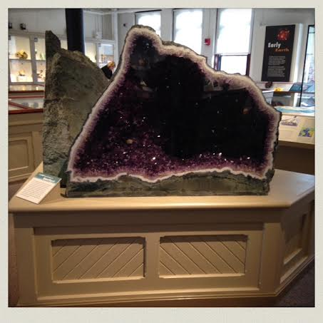 harvard-museum-of-natural-history-geode