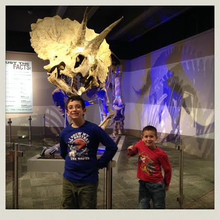 museum-of-science-boston-fossil-boys