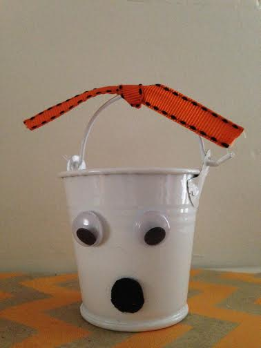 Dollar Store DIY Halloween Ghost Treat Bucket Finished