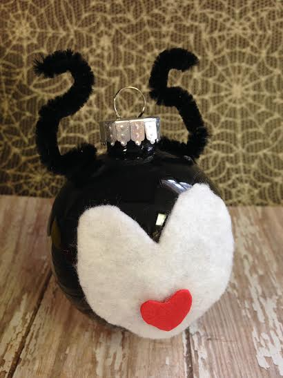 Maleficent-Holiday-Ornament-finished