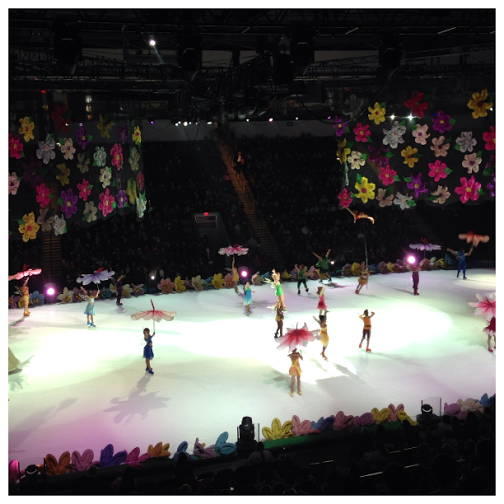 Disney On Ice Worlds of Fantasy Boys Tinkerbell