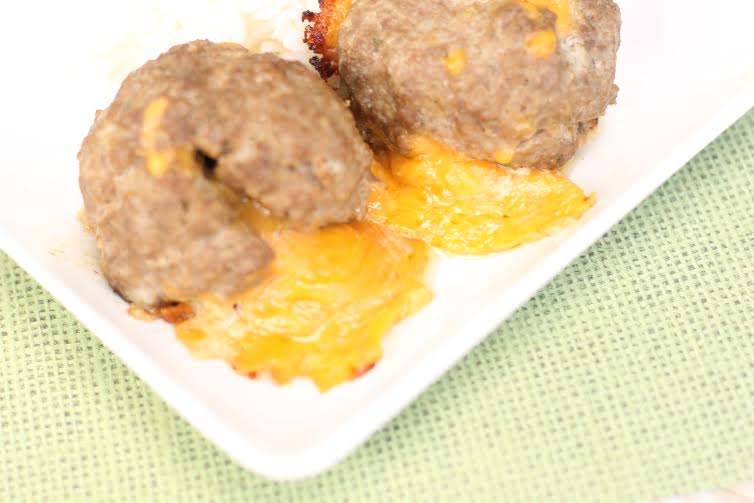 Cheddar Stuffed Burger Bombs1