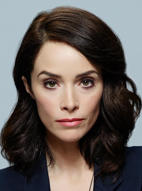 TIMELESS -- Season: Pilot -- Pictured: Abigail Spencer as Lucy Preston