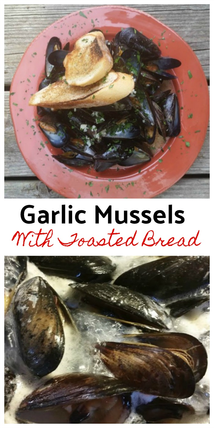 Delicious Garlicy mussels with toasted bread to soak up the broth! Yum!