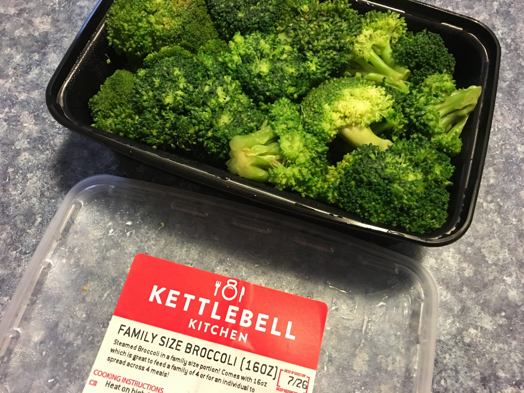 Kettlebell Kitchen: Healthy Meal Solutions for Busy Lives