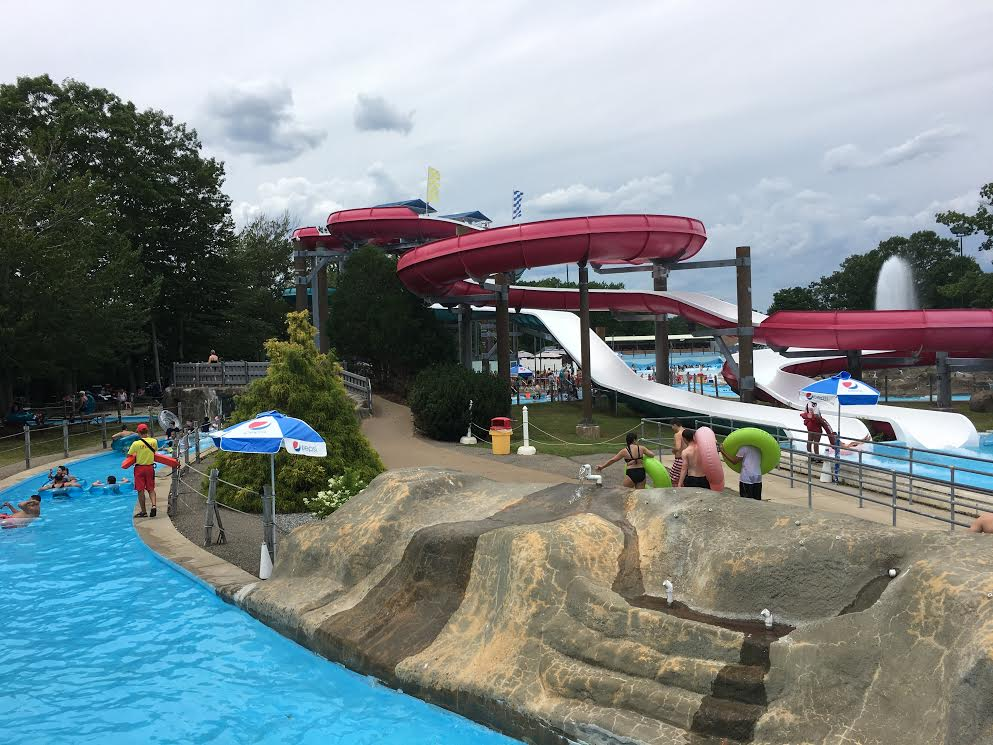 If you're planning on visiting Water Country in Portsmouth, NH this summer, here are some things to know before you go. Plus there is a printable checklist!
