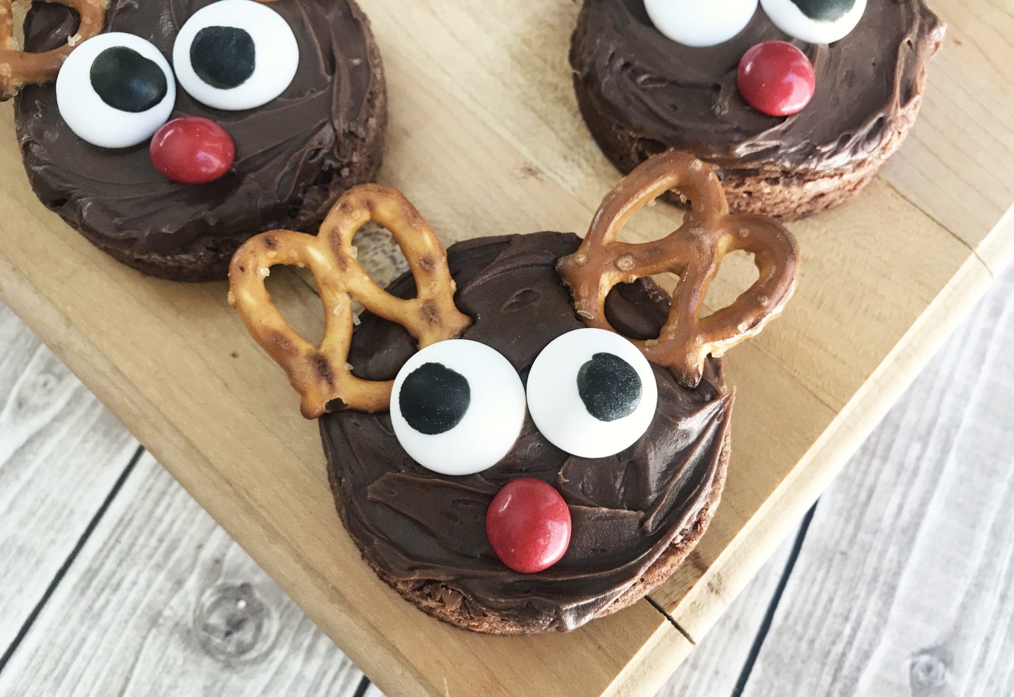 If you need a sweet treat for all your Christmas festivities this year, try these Reindeer Brownies. They're easy to make and they'll be a huge hit!