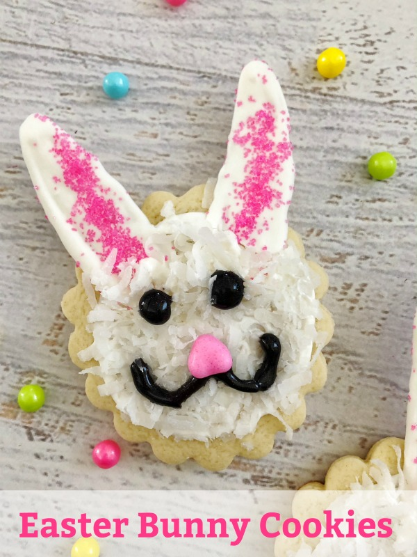 If you're looking for a fun dessert to bring or serve at Easter dinner this year, try these Easter Bunny Cookies. They are fun, festive and most importantly - delicious.