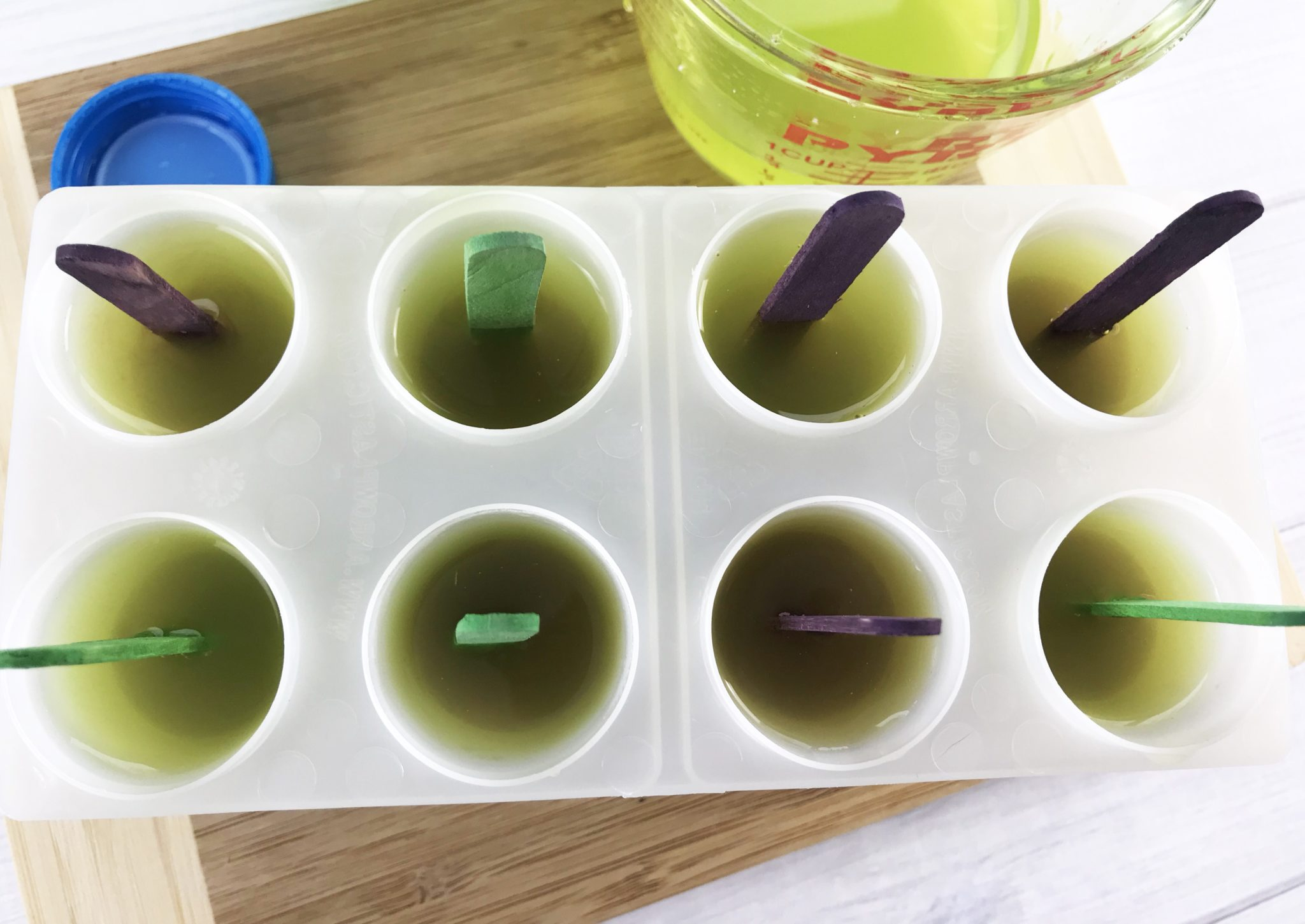 Have a Marvel Superhero fan in your house? Make them some Hulk Ice Pops this summer! They could not be easier to make and what kid doesn't love a frozen treat on a hot day?