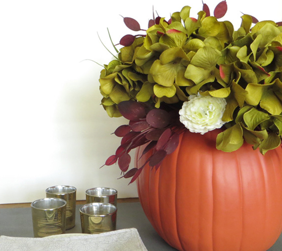 Here are some Fun Autumn Pumpkin Crafts For You To Make This Fall. Spruce up your collection of fall decor by making one or all of these pumpkin DIY's!