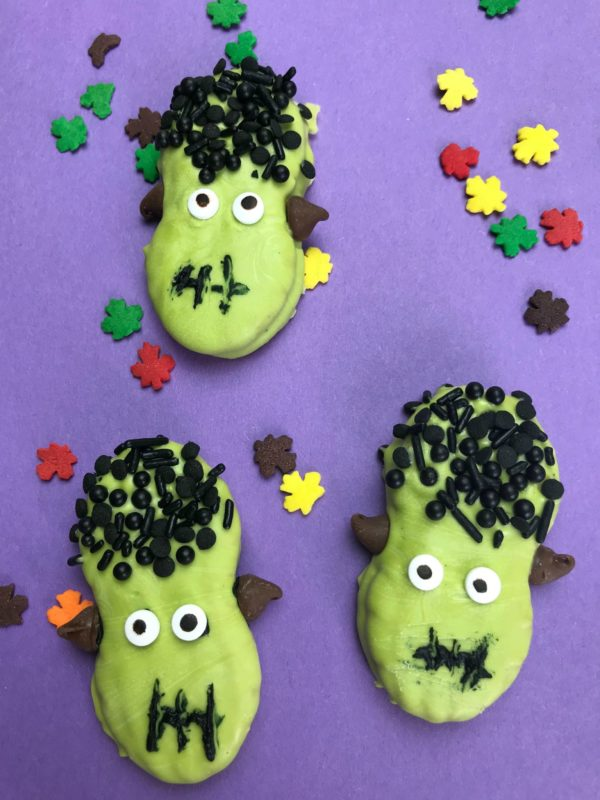 If you are looking for a fun and easy Halloween treat, try making these Nutter Butter Frankensteins. They are perfect for your Halloween parties and more!
